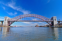Hell Gate Bridge,  Connecting Queens and Manhattan, New York City, New York, USA