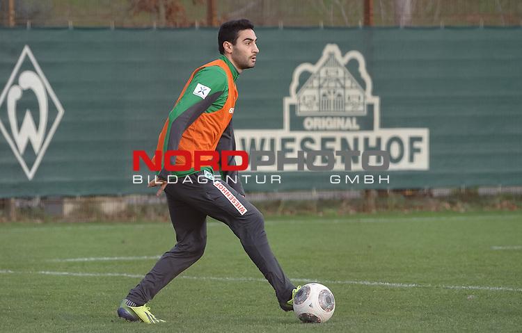 16.12.2013, Trainingsgelaende, Bremen, GER, 1.FBL, Training Werder Bremen, im Bild Mehmet Ekici (Bremen #10)<br /> <br /> Foto &copy; nordphoto / Frisch