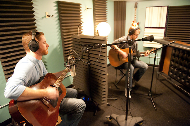 The Warbuckles record a song for the STL LOUD EP at R&amp;R Music Labs, November 14, 2010