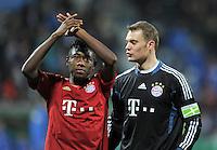 Fussball DFB Pokal:  Saison   2011/2012  Achtelfinale  20.12.2011 VfL Bochum - FC Bayern Muenchen  David Alaba, Torwart Manuel Neuer (v. li., FC Bayern Muenchen)