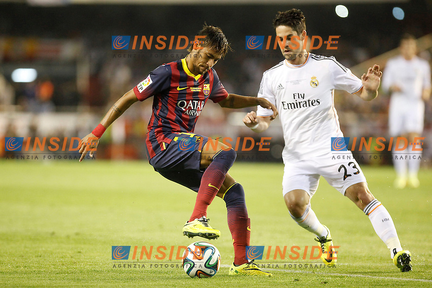 Real Madrid&Acirc;&acute;s Isco (R) and F.C. Barcelona&Acirc;&acute;s Neymar Jr during the Spanish Copa del Rey `King&Acirc;&acute;s Cup&Acirc;&acute; final soccer match between Real Madrid and F.C. Barcelona at Mestalla stadium, in Valencia, Spain. April 16, 2014. (ALTERPHOTOS/Victor Blanco) <br /> Finale Coppa del Re<br /> Real Madrid Barcellona <br /> Foto Insidefoto