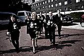 Warsaw 13/04/2010 Poland<br /> People mourning the tragic death of President Lech Kaczynski and his wife.<br /> on pictures: Polish Politicians go into the parliament to lay flowers and light candles in tribute to victims.<br /> Photo: Adam Lach / Napo Images for The New York Times<br /> <br /> Zaloba po tragicznej smierci Prezydenta Lecha Kaczynskiego i jego malzonki.<br /> na zdjeciu: Polscy politycy ida pod parlament zlozyc kwiaty i zapalic swiece w holdzie ofiar.<br /> Fot: Adam Lach / Napo Images for The New York Times