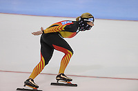 SCHAATSEN: SALT LAKE CITY: Utah Olympic Oval, 14-11-2013, Essent ISU World Cup, training, Claudia Pechstein (GER), ©foto Martin de Jong