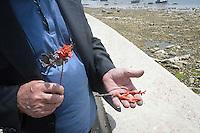 Manufatti dell'artigiano del corallo Platimiro Fiorenza, recentemente iscritto dall&rsquo;UNESCO fra i Tesori Umani Viventi nel Libro dei Saperi del Registro delle Eredit&agrave; Immateriali, per la sua antica e prestigiosa tradizione artigiana.<br /> Handicrafts by Platimiro Fiorenza, artisan working coral , recently registered with the UNESCO Living Human Treasures in the Book of Knowledge of the Register of Intangible Heritage, for his ancient and prestigious tradition of craftsmanship
