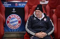 FUSSBALL  CHAMPIONS LEAGUE  ACHTELFINALE  HINSPIEL  2012/2013      FC Arsenal London - FC Bayern Muenchen       19.02.2013 Hermann Gerland (FC Bayern Muenchen)