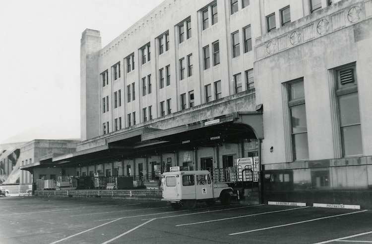 UNDATED..Conservation.Downtown West (A-1-3)....Old Post Office Building...NEG#.NRHA#..