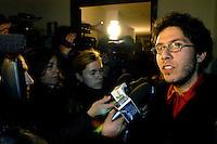 ROMA 15 Gennaio 2008.Francesco Raparelli portavoce della Rete per Autoformazione intervistato dopo l'occupazione del rettorato all'università La Sapienza da parte degli studenti della Rete per Autoformazione per protestare contro la visita del Papa Benedetto XVI.