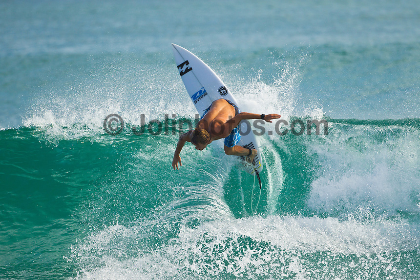 BURLEIGH, Queensland/Australia (Saturday, 21 January, 2012) Dean Bowen (AUS). – Free surfing at Burleigh Heads today..Photo: joliphotos.com