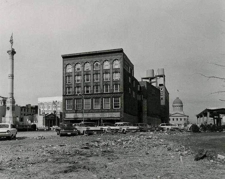 1964  January  27..Historical         ..Commercial Place.Macarthur Memorial..HAYCOX PHOTORAMIC INC..NEG# 64-110-9.1090..