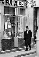 Paris, August 1977. Rue de Rosiens. Vie Quotidienne des Juifs a Paris.