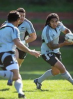 Ma'a Nonu links with Isaia Toeava (left) with Dan Carter in support. All Blacks Training Session at Rugby League Park, Newtown, Wellington. Thursday 17 September 2009. Photo: Dave Lintott/lintottphoto.co.nz