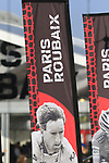 Sign on for the 115th edition of the Paris-Roubaix 2017 race running 257km Compiegne to Roubaix, France. 9th April 2017.<br /> Picture: Eoin Clarke | Cyclefile<br /> <br /> <br /> All photos usage must carry mandatory copyright credit (&copy; Cyclefile | Eoin Clarke)