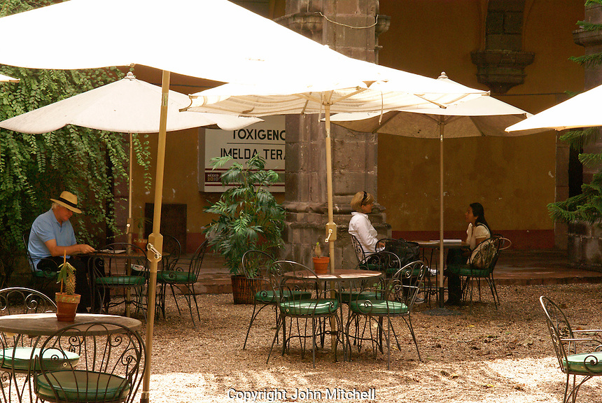 Outdoor cafe in San Miguel de Allende, Mexico. San Miguel de Allende is a UNESCO World Heritage Site....