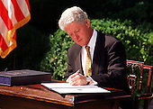 "United States President Bill Clinton vetos the Republicans'  792 billion dollar tax cut on September 23, 1999.  He called on Congress to approve ""tax relief we can afford"" by the end of the year.  Clinton rejected the tax bill because it would ""turn us back to the failed policies of the past"".  He also said he wanted to work with GOP leaders on an alternative plan ""that reflects the priorities of both parties and the values of the American people""..Credit: Ron Sachs / CNP"
