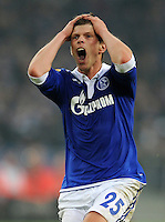 FUSSBALL   EUROPA LEAGUE   SAISON 2011/2012  SECHZEHNTELFINALE FC Schalke 04 - FC Viktoria Pilsen                          23.02.2012 Klaas Jan Huntelaar (FC Schalke 04) emotional