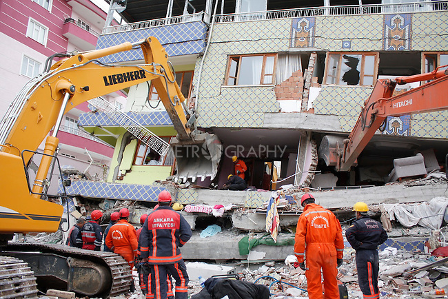 ERCIS, TURKEY: Rescue workers search for survivors...On October 23, 2011, a 7.2 magnitude earthquake hit eastern Turkey killing over 250 people and wounding over a thousand...Photo by Marwa Al Zahawe/Metrography