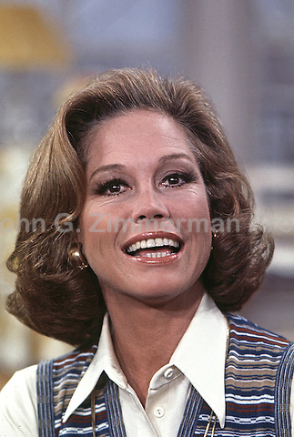 Mary Tyler Moore, On Set of Mary Tyler Moore Show, Season 4, 1974, Studio 2, CBS Studios, Los Angeles. Photo by John G. Zimmerman.