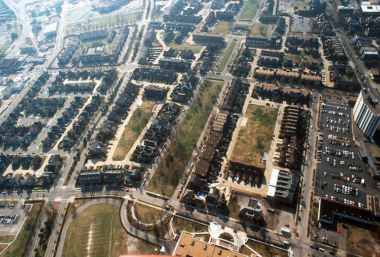 1988 December 17..Redevelopment.East Ghent..GHENT SQUARE..NEG#.NRHA#..