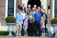 ALGEMEEN: HEERENVEEN: Gemeentehuis Crackstate, 27-04-2012, Jacobus de Vries ontving een Koninklijke Onderscheiding (Lid in de Orde van Oranje Nassau), © foto Martin de Jong
