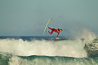 Jeffreys Bay, Eastern Cape, South Africa. Alejo Muniz (BRA). Thursday July 21 2011. Freesurfing at Boneyards in 2'-4' clean south easterly swell.  Photo: joliphotos.com