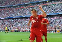 Fussball Bundesliga Saison 2011/2012 3. Spieltag FC Bayern Muenchen - Hamburger SV Ivica OLIC (FCB) jubelt mit schmerzverzerrter Miene nach seinem Tor zum 5:0.