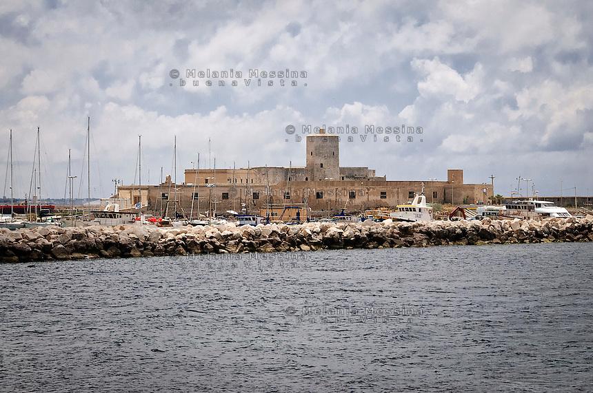 Trapani, antico lazzaretto sul porto.<br /> Trapani: the ancient former hospital in the harbor