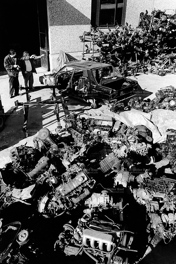 Italy Car Recycling Didier Ruef Photography