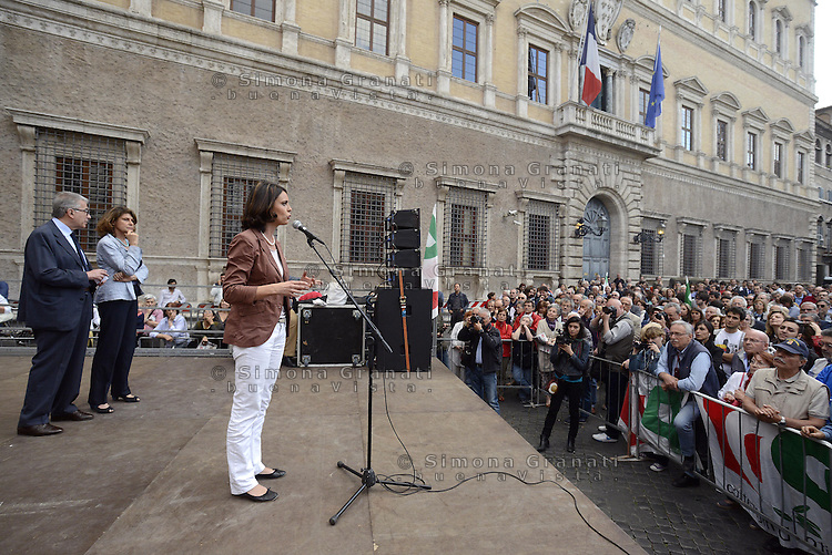 Roma, 27 Maggio 2014<br /> Piazza Farnese<br /> Festa del Pd con le elette e gli eletti alle elezioni Europee.<br /> Nella foto Simona Bonaf&egrave; la candidata che eletta con il maggior numero di preferenze.<br /> Event of Democratic Party after the European elections.