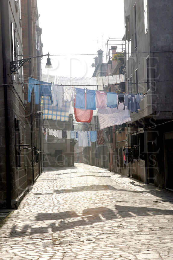 Panni stesi a Venezia.<br /> Hanging clothes in Venice.<br /> UPDATE IMAGES PRESS/Riccardo De Luca