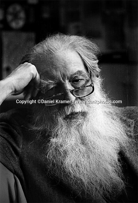 Mevin McCosh, bookseller in the Minneapolis suburb of Excelsior, Minnesota. (1990)