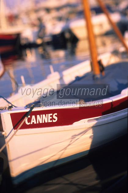 Europe/France/Provence-Alpes-Côte d'Azur/06/Alpes-Maritimes/Cannes: Detail pointus au vieux port