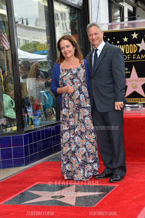 Gary Sinise &amp; Moira Harris at the Hollywood Walk of Fame star ceremony honoring actor Gary Sinise. Los Angeles, USA 17 April  2017<br /> Picture: Paul Smith/Featureflash/SilverHub 0208 004 5359 sales@silverhubmedia.com