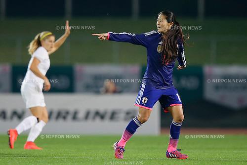 Homare Sawa (JPN), <br /> MAY 24, 2015 - Football / Soccer : MS&amp;AD Nadeshiko Cup 2015 match between Womens Japan and Womens New Zealand at Marugame stadium, Kagawa, Japan. (Photo by AFLO)