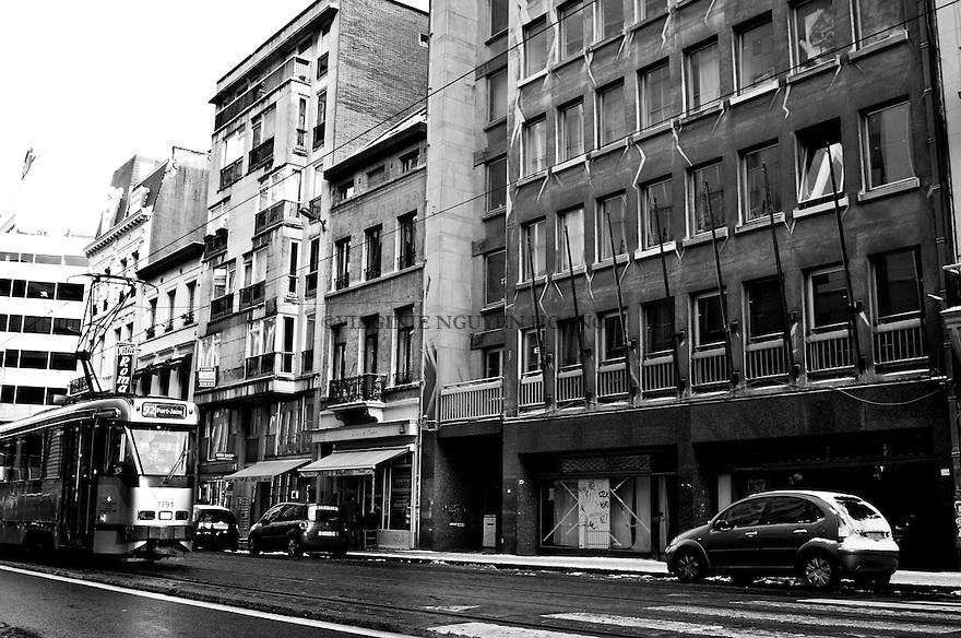 Le 123 rue Royale, anciens bureaux de la Communauté française, se  situe près du Botanique à Bruxelles. .