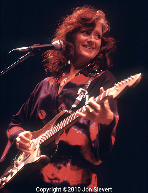 Bonnie Raitt, Oct 1989, Greek Theater, Berkeley