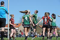 KORFBAL: REDUZUM: Sportpark Reduzum, 28-04-2013, Veld Hoofdklasse A, KV Mid Fryslân-LDODK AH Gorredijk, Eindstand 13-19, Sjieuwke v.d. Veen (#2 | MF), Jildou Slagmann (#4 | LDODK), André Zwart (#15 | LDODK), Nynke Sinnema (#5 | MF), Sjoerd Pool (#17 | MF), Hilde de Boer (#10 | LDODK), ©foto Martin de Jong
