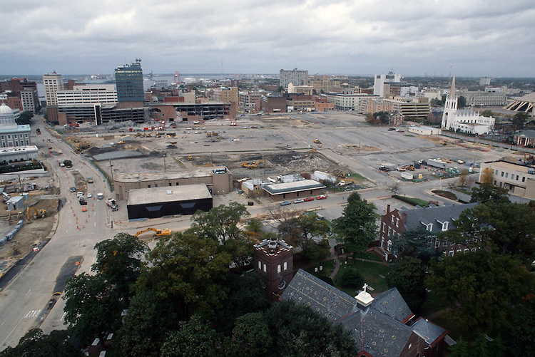 1996 November 08..Redevelopment..Macarthur Center.Downtown North (R-8)..LOOKING WEST FROM SCHOOL ADMINISTRATION BUILDING...NEG#.NRHA#..