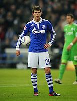 FUSSBALL   1. BUNDESLIGA   SAISON 2011/2012   22. SPIELTAG FC Schalke 04 - VfL Wolfsburg         19.02.2012 Klaas Jan Huntelaar (FC Schalke 04)