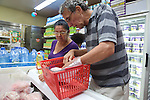 Mimita & Raymond Shopping