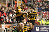 Leicester, ENGLAND, Wasps Hooker, Raphael Ibanez, breaks through Julian White [left] and Austiin Healeys tackles, as he attacks, with the ball during the Guinness Premiership Rugby match, Leicester Tigers vs London Wasps, at Welford Road, on Sat. 22.04.2006. © Peter Spurrier/Intersport-images.com.