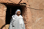Africa, Morocco, Ouarzazate. Berber Woman of Ouarzazate.