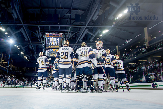 February 4, 2017; Hockey vs Vermont. (Photo by Matt Cashore/University of Notre Dame)