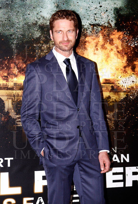 "L'attore scozzese Gerard Butler all'anteprima del film ""Attacco al potere"" a Roma, 5 aprile 2013..British actor Gerard Butler poses at the premiere of the movie ""Olympus has fallen"" in Rome, 5 April 2013..UPDATE IMAGES PRESS/Riccardo De Luca"