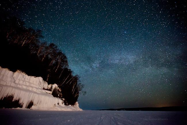 Grand Island ice curtains,Milky Way