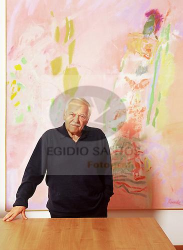 Julio Resende, portuguese painter.
