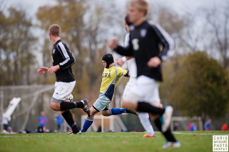 10/25/11 - Kalamazoo, MI: Kalamazoo College men's soccer vs Alma.  Kalamazoo won the game 2-1.  Photo by Chris McGuire.