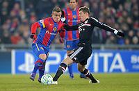 FUSSBALL  CHAMPIONS LEAGUE  SAISON 2011/2012 Achtelfinale Hinspiel  22.02.2012 FC Basel - FC Bayern Muenchen  Xherdan Shaqiri (li, FC Basel) gegen Toni Kroos (re, FC Bayern Muenchen
