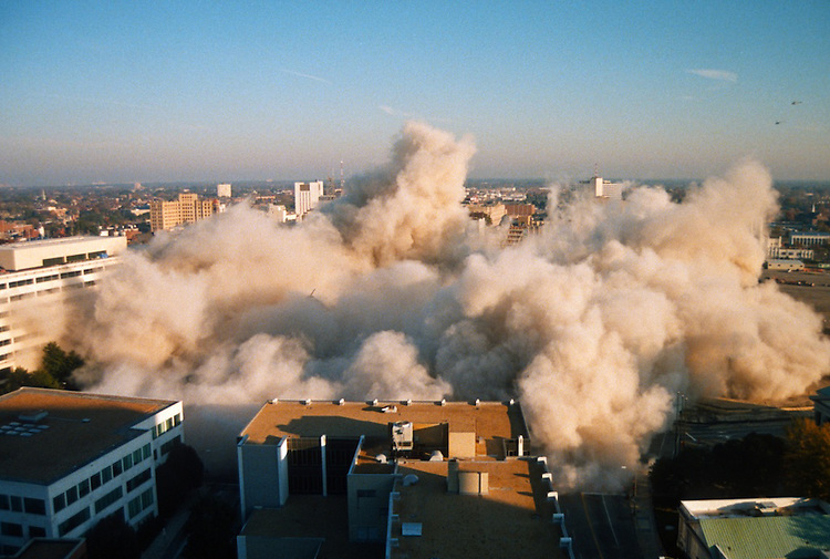 1996 November 24..Redevelopment..Macarthur Center.Downtown North (R-8)..SEQUENCE 17.IMPLOSION OF SMA TOWERS.LOOKING NORTH FROM ROOFTOP .OF MAIN TOWER EAST.PV3..NEG#.NRHA#..