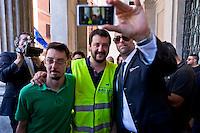 Matteo Salvini e il SAP contro il reato di tortura
