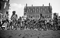 Brabantse Pijl 2012.Leuven-Overijse: 195,7km..riders prefer sunny parts
